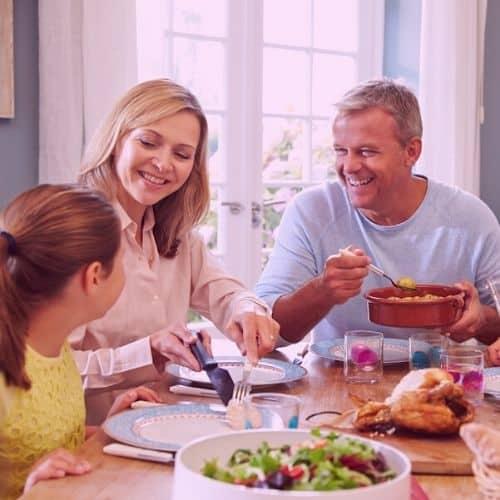 Thérapie familiale à gap - famille à table